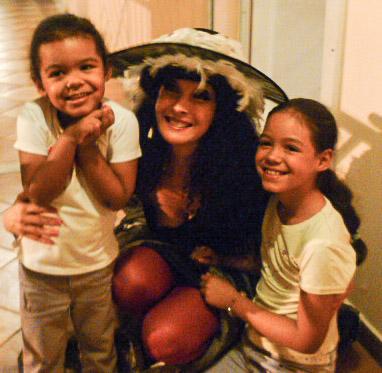 Yogane & ses fans en Martinique