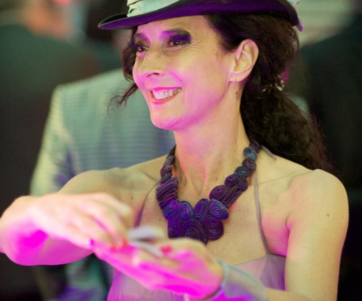 Le 8 juillet 2017 participez au dîner spectacle danse et magie avec Yogane A partir de 19h, apéritif & défilé